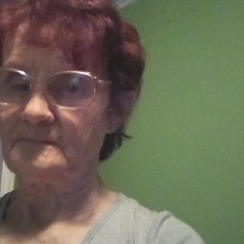 Julcsi, 78 éves társkereső nő - Mezőnyárád
