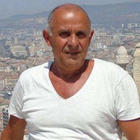 Andras, 68 éves társkereső férfi - Bécs