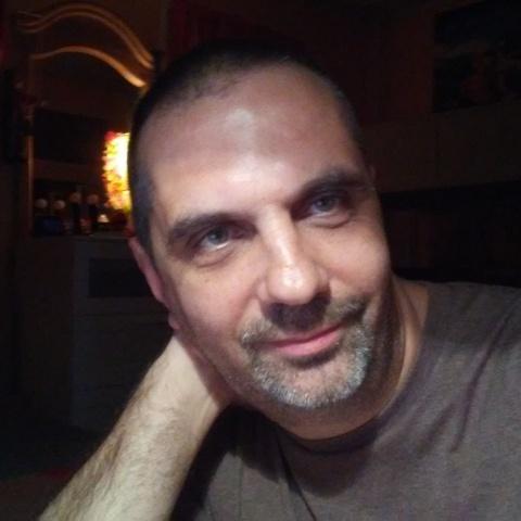 Attila, 47 éves társkereső férfi -
