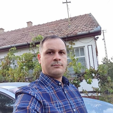 Róbert, 34 éves társkereső férfi - Nyíracsád