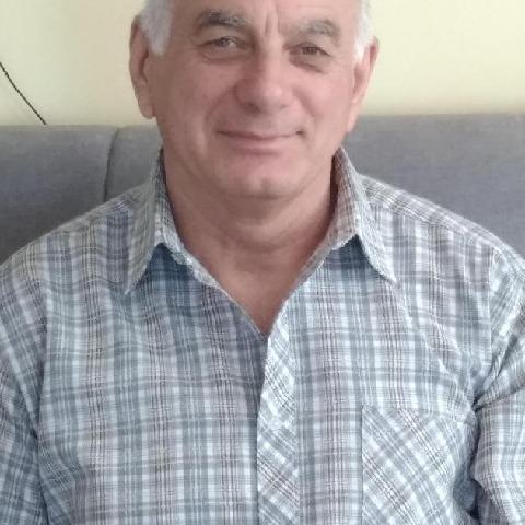 Gábor, 69 éves társkereső férfi - Tiszaújváros