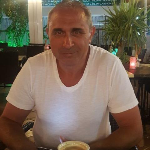 Józsi, 54 éves társkereső férfi - Miskolc