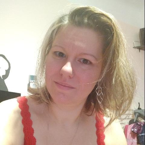 Anett, 36 éves társkereső nő - Szentendre