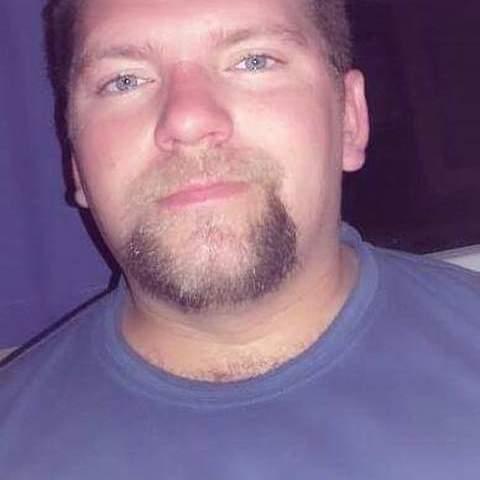Tom, 38 éves társkereső férfi - Neszmély