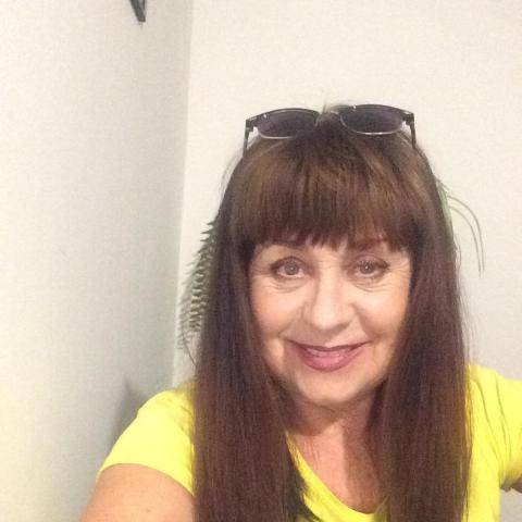 Szvetlana, 65 éves társkereső nő - Nyíregyháza