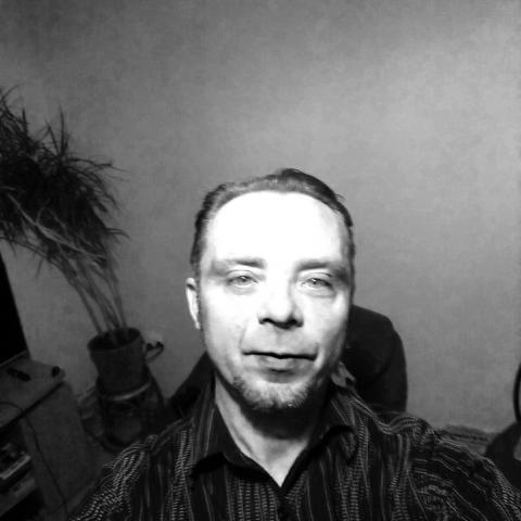 Gio, 42 éves társkereső férfi - Zalaegerszeg