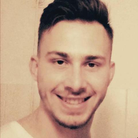 Henrik, 23 éves társkereső férfi - Szeged