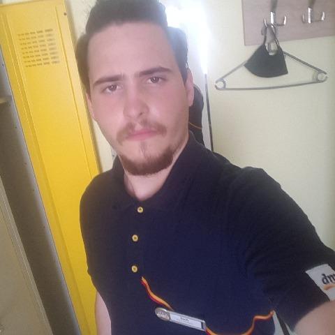 Zsolt, 20 éves társkereső férfi - Budapest