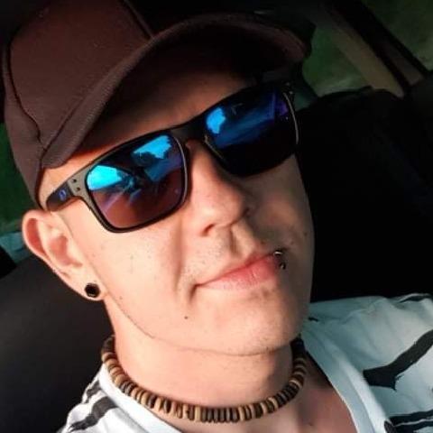 Gergő, 29 éves társkereső férfi - Szekszárd