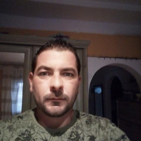 Gabor, 38 éves társkereső férfi - Szeged