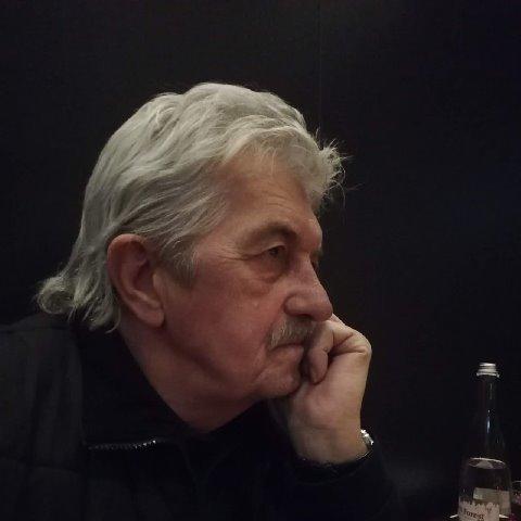ben, 65 éves társkereső férfi - Szentendre