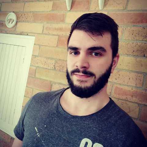 Benjamin, 22 éves társkereső férfi - Győr