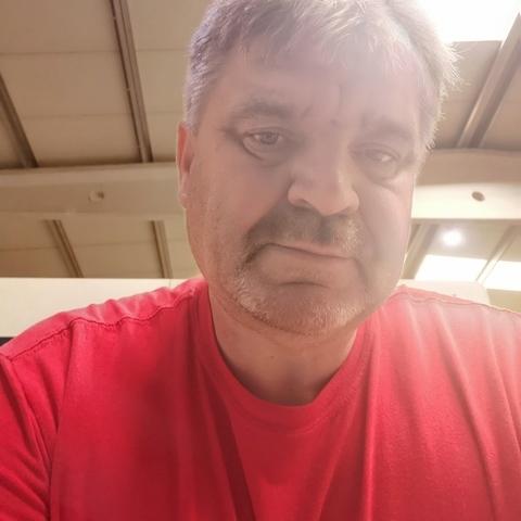 Feri , 52 éves társkereső férfi - Cegléd