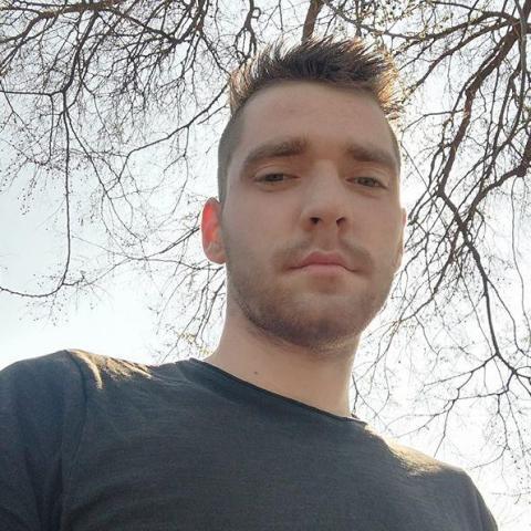 Imre, 24 éves társkereső férfi - Debrecen