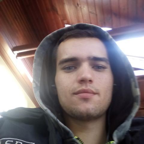 Márk, 24 éves társkereső férfi - Orosháza