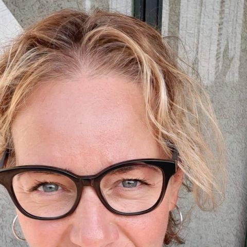 Helga, 47 éves társkereső nő - Baracs