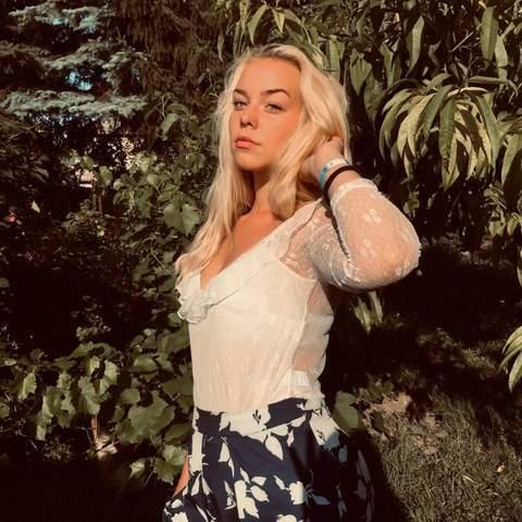 Vanda, 19 éves társkereső nő - Eger