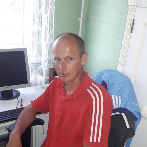 Robert, 41 éves társkereső férfi - Kállósemjén