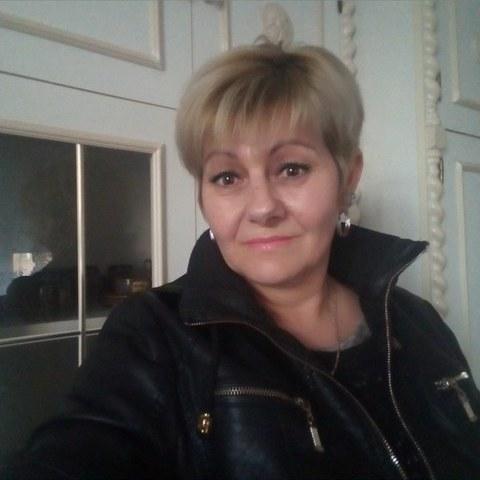 Zsuzsa, 51 éves társkereső nő - Zalaegerszeg