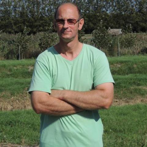 Gábor, 49 éves társkereső férfi - Bátaszék
