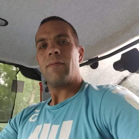 Illés, 34 éves társkereső férfi - Újfehértó