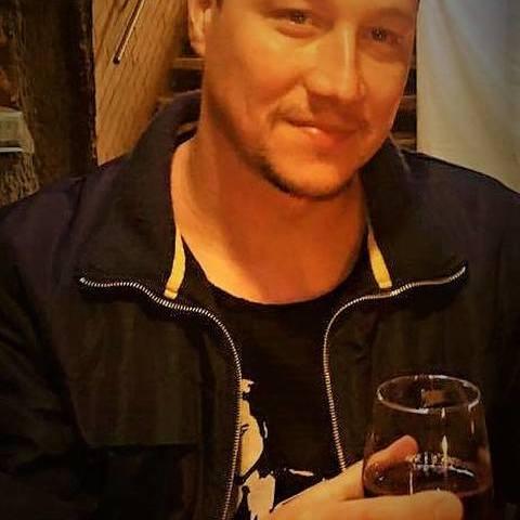 társkereső alkoholos twitter egy társkereső