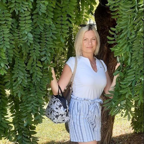 Zsuzsa, 35 éves társkereső nő - Debrecen