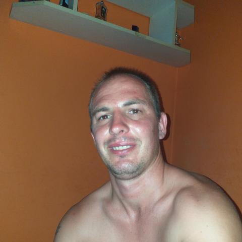 Gabor, 33 éves társkereső férfi - Nyíregyháza
