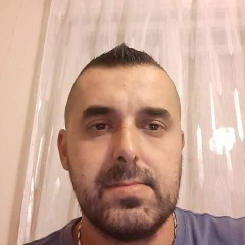 Tomi, 36 éves társkereső férfi - Szolnok
