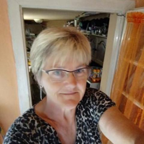 Margó, 58 éves társkereső nő - Csanádapáca