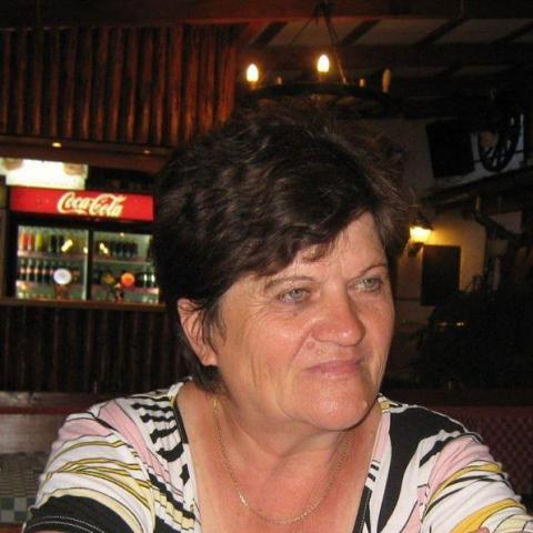 Szocs, 70 éves társkereső nő - kezdivasarhely