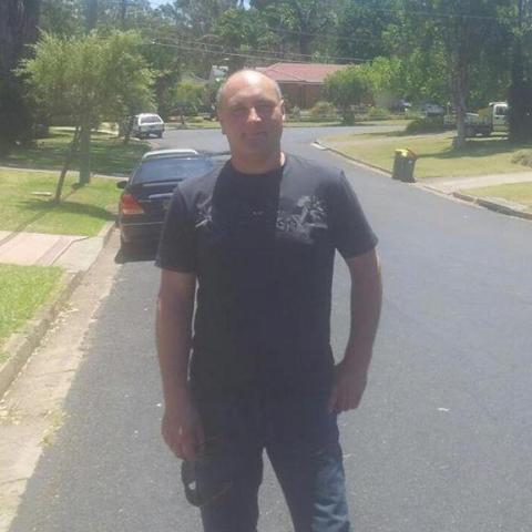 Sandor, 49 éves társkereső férfi - XX.