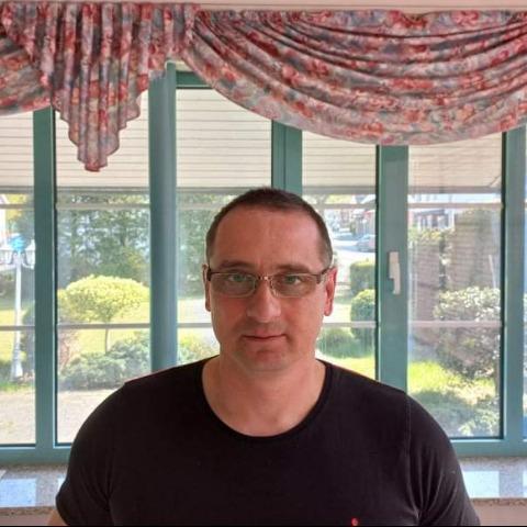 Tibi, 46 éves társkereső férfi - Salgótarján