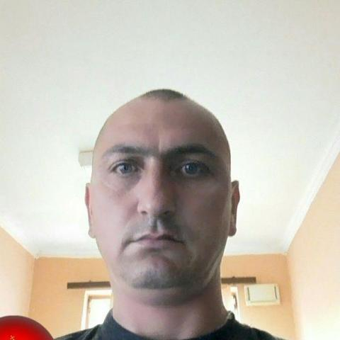 János, 44 éves társkereső férfi - Timár