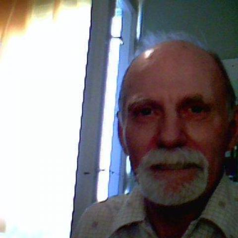 Gyula, 80 éves társkereső férfi - Pécs