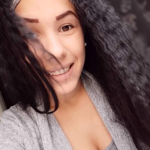 Martina, 19 éves társkereső nő - Veszprém
