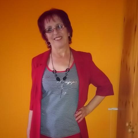 Hajnalka, 63 éves társkereső nő - Debrecen