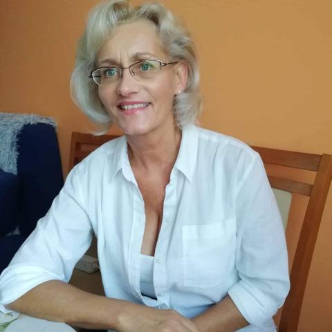 Gabriella, 56 éves társkereső nő - Pusztaszabolcs