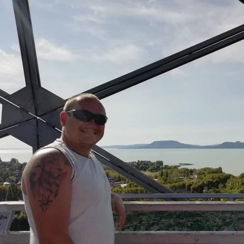 Árpi, 30 éves társkereső férfi - Pécs