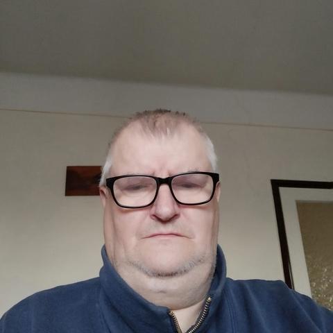 István Pál, 68 éves társkereső férfi - Rábacsanak