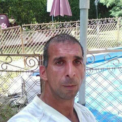 Róbert, 32 éves társkereső férfi - Tura