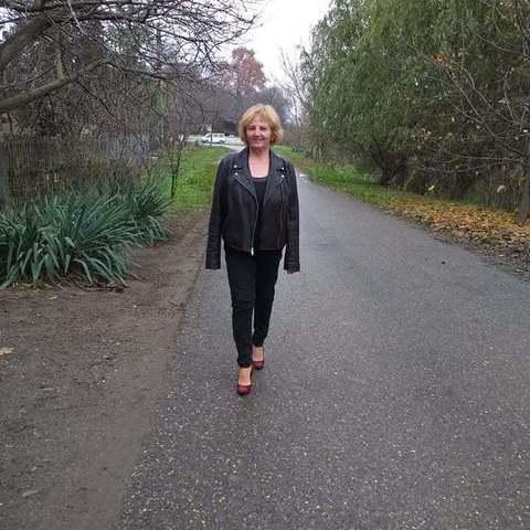 Kata, 63 éves társkereső nő - Tokaj
