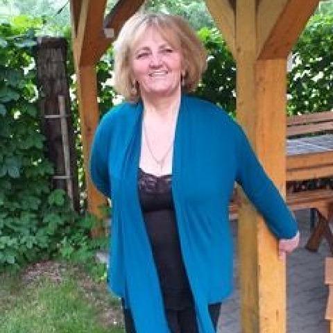 Kata, 62 éves társkereső nő - Tokaj