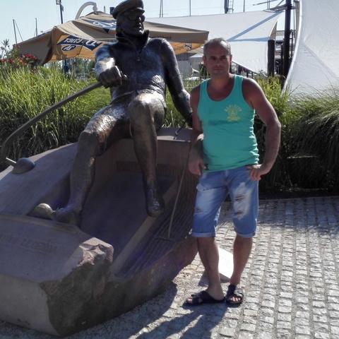 Karesz , 51 éves társkereső férfi - Kóka