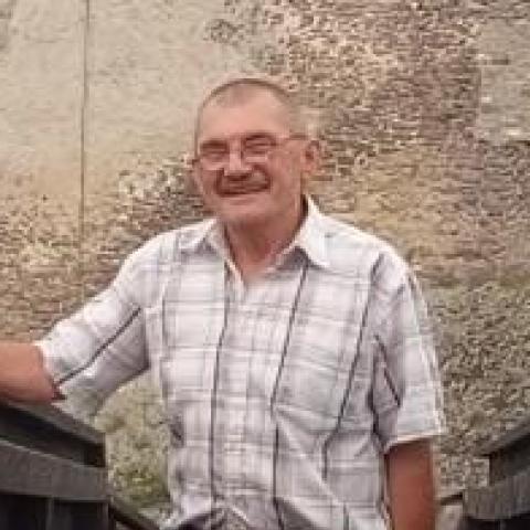 Zoltán, 64 éves társkereső férfi - Gávavencsellő