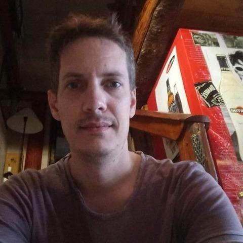 erik, 44 éves társkereső férfi - Bük