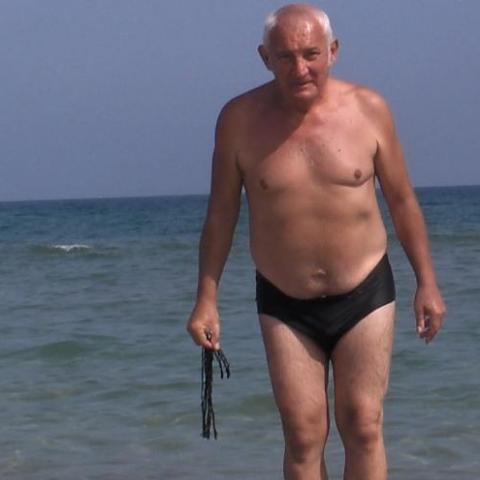 Laci, 68 éves társkereső férfi - Szekszárd