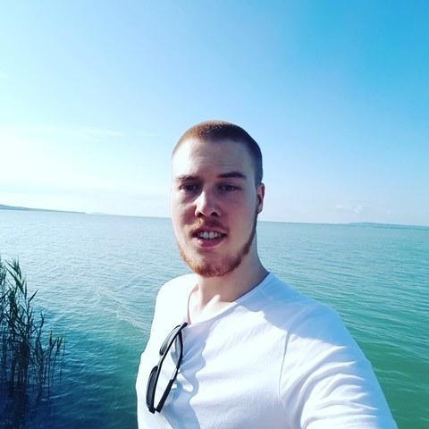 Julián, 23 éves társkereső férfi - Bayern