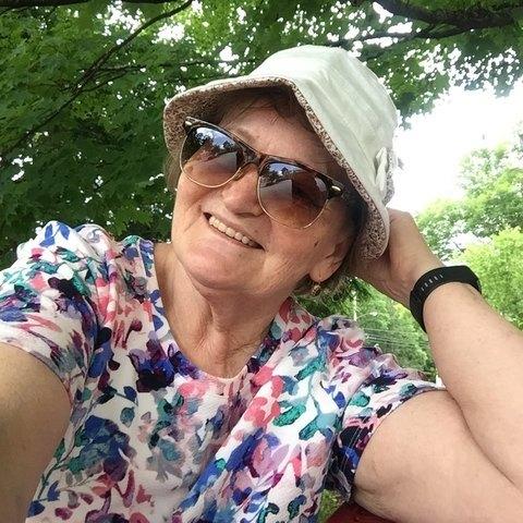Kata, 71 éves társkereső nő - Miskolc