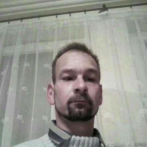 Istvan, 43 éves társkereső férfi - Gyönk
